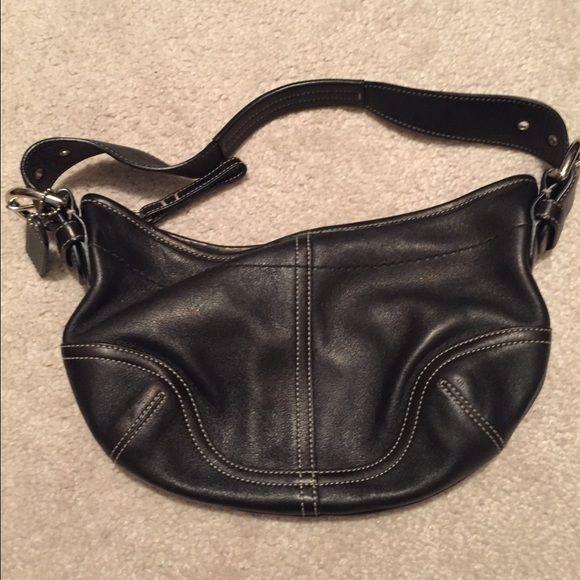 Coach shoulder bag Black leather shoulder bag. Great condition. Lightly used. Coach Bags Shoulder Bags