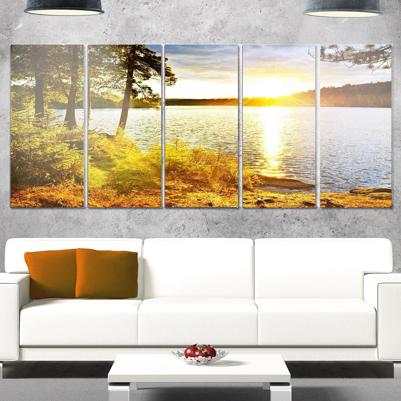 Designart ubeautiful view of sunset over lakeu landscape metal wall