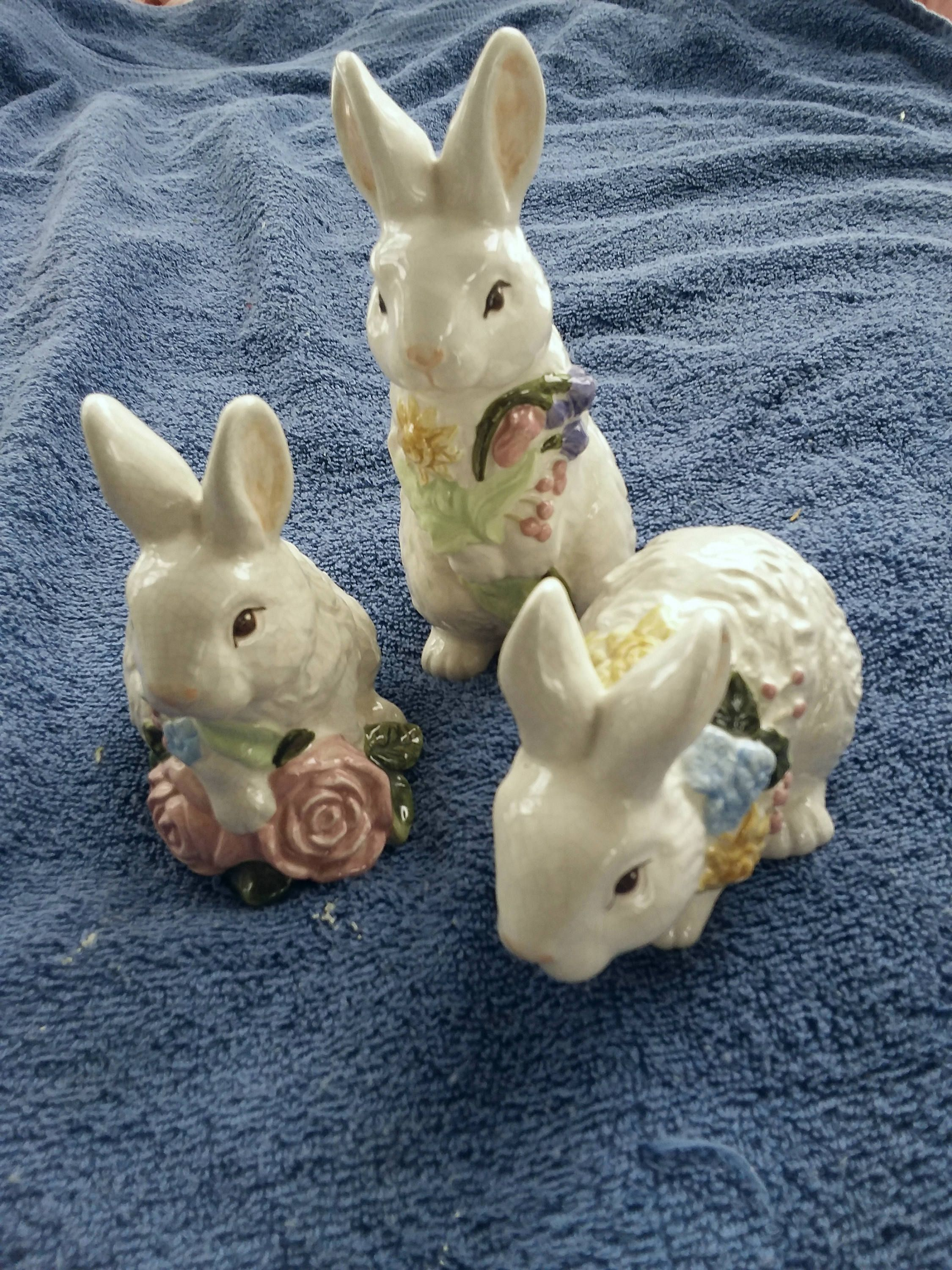 bunny ring Vintage antique style pink rabbit