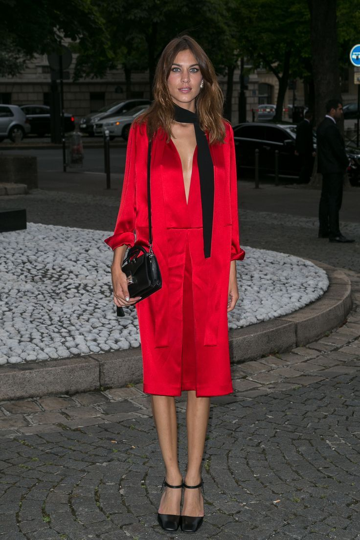 Alexa chung in headtotoe prada color red pinterest alexa