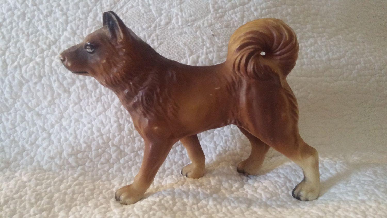 Vintage Dog Spitz Keeshond Type Figurine Toy Thin Plastic