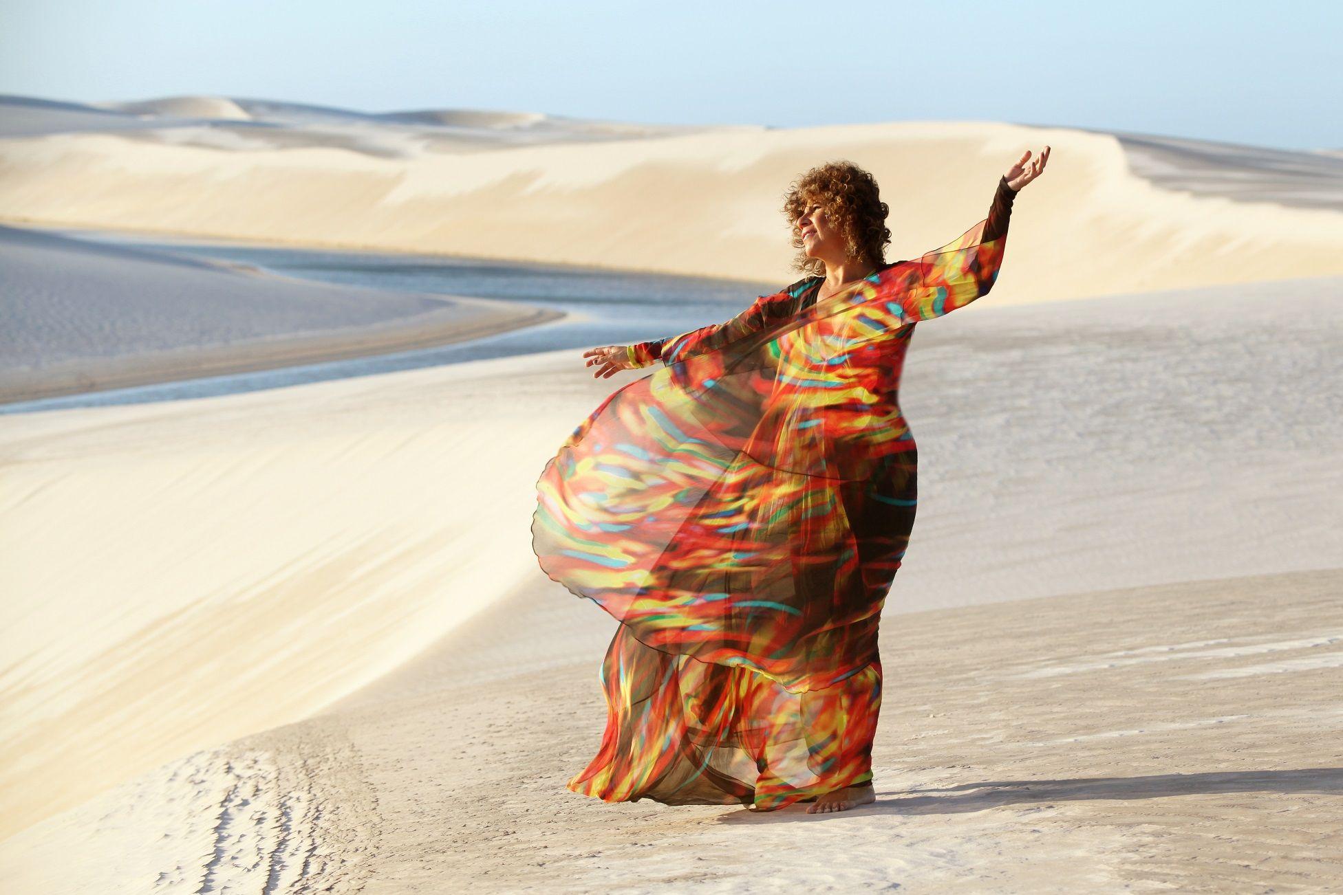 ".: Rita Benneditto apresenta seu ""Encanto"" nesta quarta-feira .: #RitaBenneditto #Encanto #show #TheatroNET #Tecnomacumba #Resenhando #SiteResenhando"