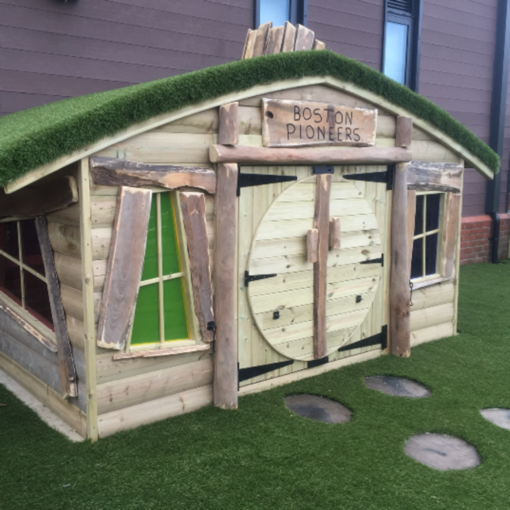 Hobbit House Installed At Boston Pioneers Lincolnshire