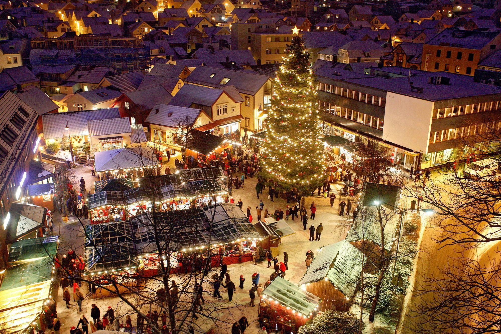 Julebyen Egersund (Christmas Market) - Norway | Norway ~ Christmas ...