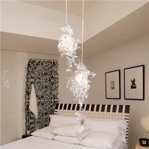Garland Shade Light At Bed Room. Idea