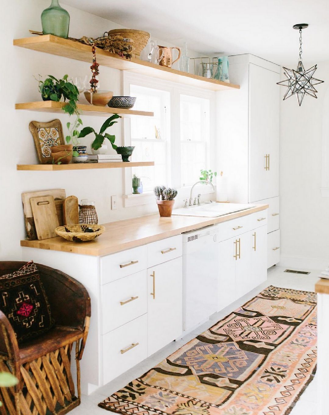 15 awesome bohemian kitchen design ideas for comfortable cooking in 2020 boho kitchen on boho chic interior design kitchen id=68187