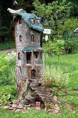 Fae house-tree trunk:-)