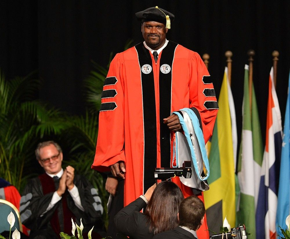 Pics: Shaquille O'Neal Receives His Doctoral Degree in Education ...