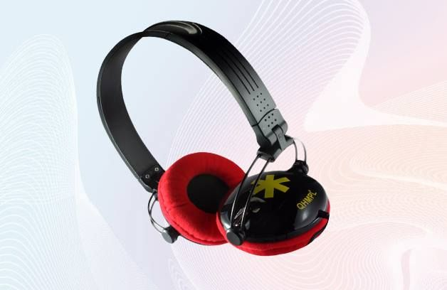 An ideal combination of comfort and productivity! Presenting #QuantumHiTech Stereo #Headphone QHM890 Ear cushions #perfect fit for maximum #comfort!