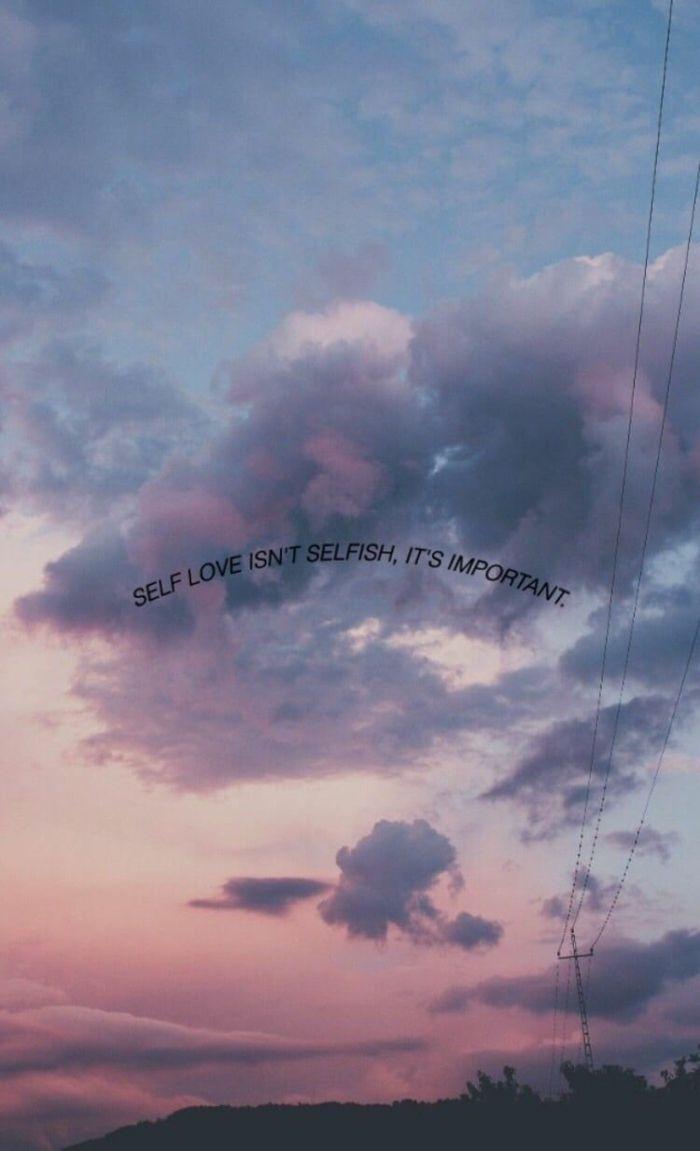sonnenuntergang-lila-wolken-aesthetic-iphone-wallpaper-bilder-für-handyhintergrund-mit-spruch