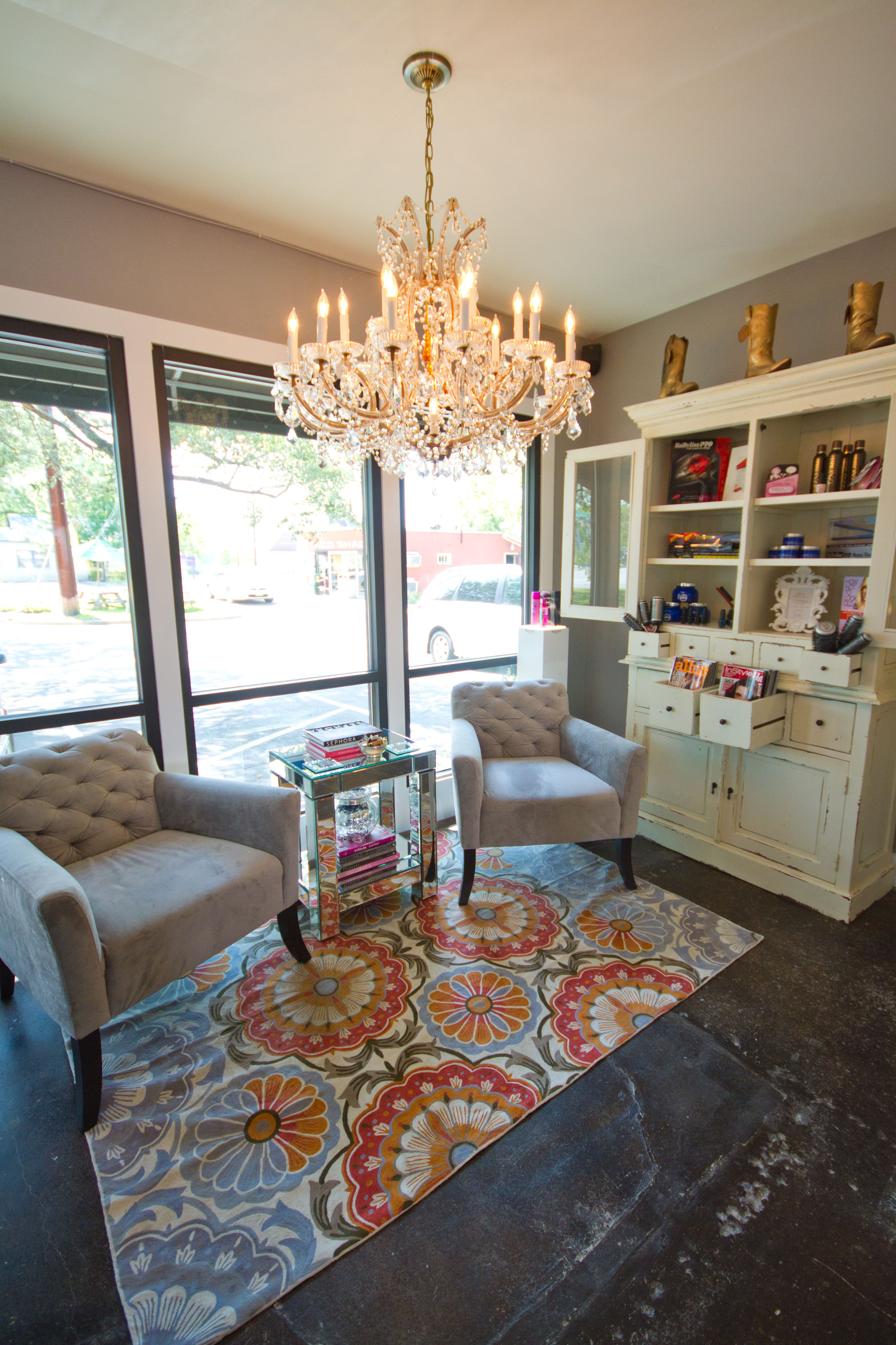 The Mirror Mirror Waiting Area Come See Us Soon Call 512 420