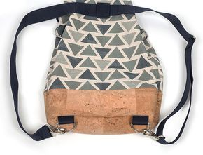 Instrucciones: Coser una mochila convertible con tela de corcho  – Bolsa de moda