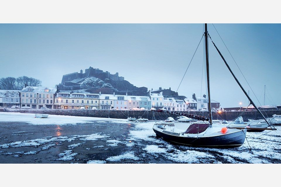 Snowy Landscape Photography From Jersey Channel Islands Andy Le Gresley Landscape Jersey Channel Islands Business Portrait Photography