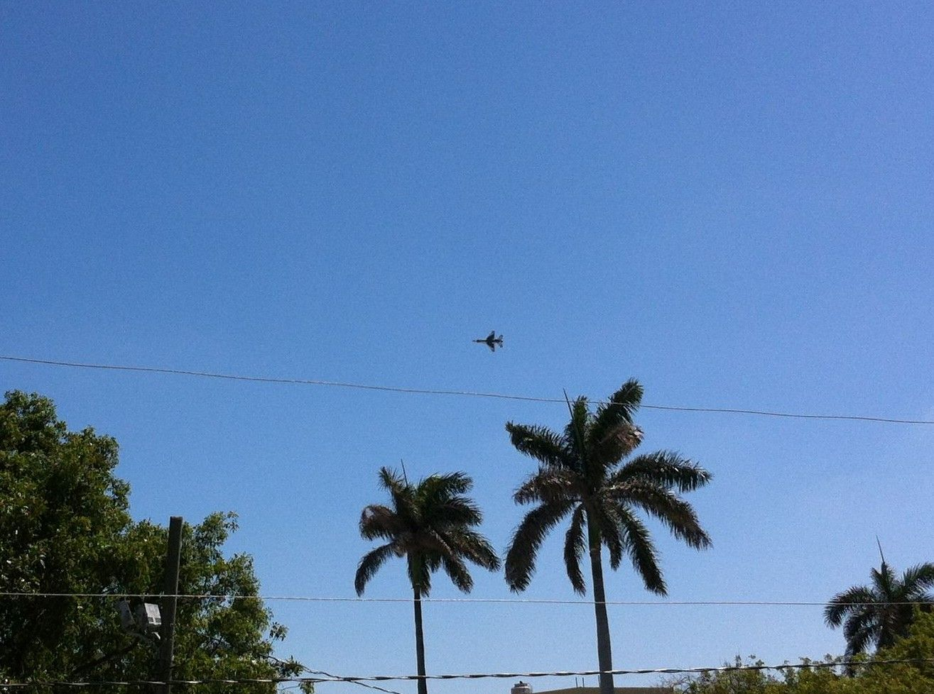 Off to See the Lauderdale Air Show! Lauderdale, Air show