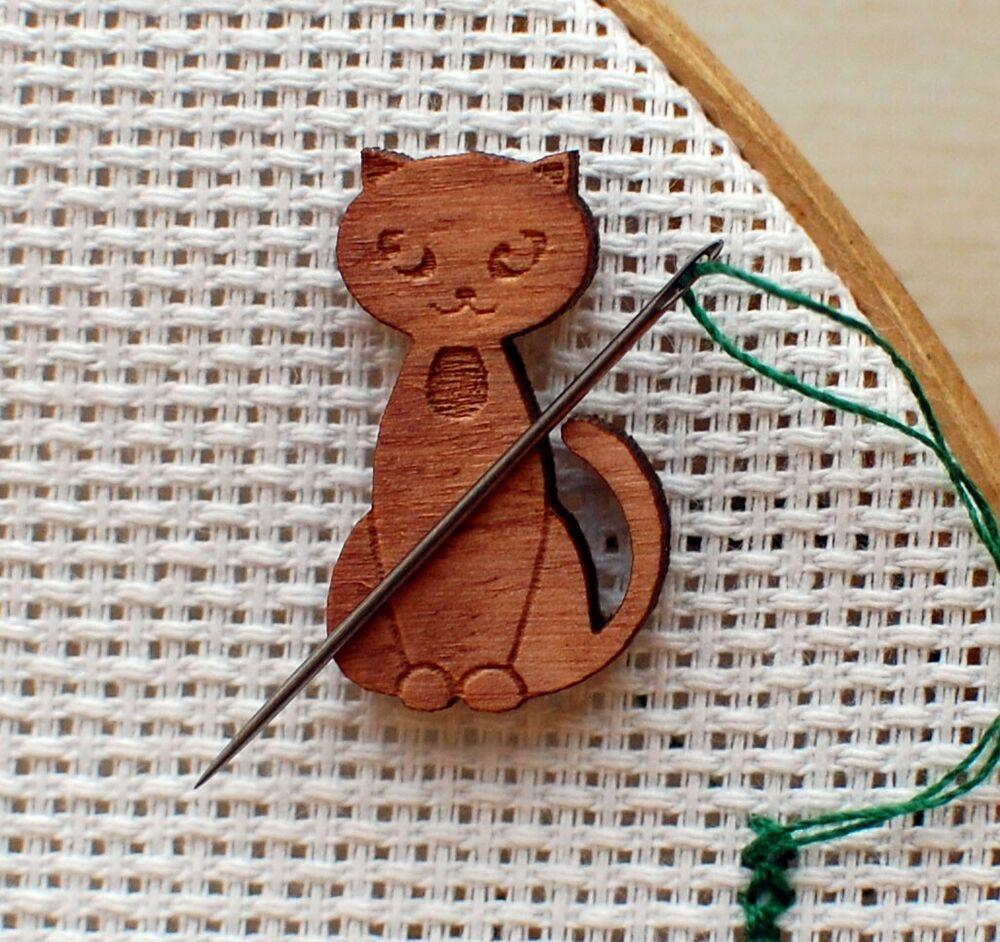 Cat needle minder Embroidery cat pattern cross