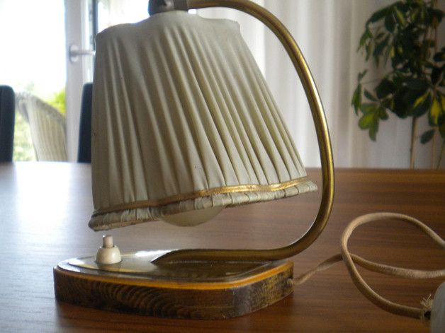 Vintage Tischlampen - Nostalgie Tischleuchte der 50-er Jahre - ein Designerstück von knittingbecky bei DaWanda