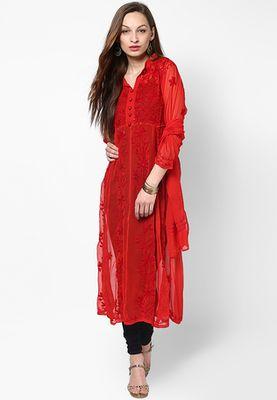 I found this beautiful design on http://www.mirraw.com/designers/neets-fashion/designs/red-plain-faux-georgette-kurti-kurtas-and-kurti