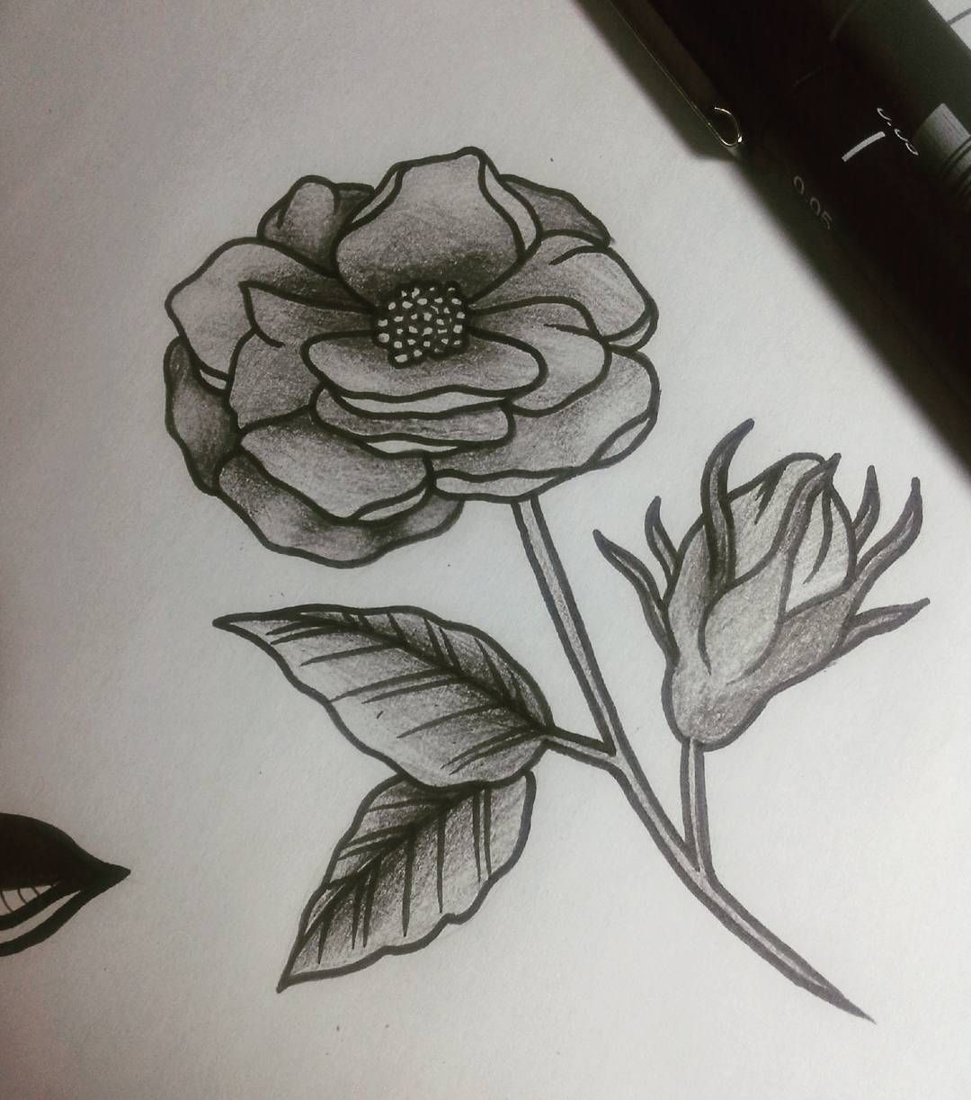 Rosa disponível pra tattoo! . . . #sketch #drawing  #blackwork #tattoo #blacktattoomag #inked #blxckink #flashtattoo #blacktattooing #tattoooftheday #tattooist #tattoodesing #linework #tattoolovers #blacktattooart #marinalichttattoo #marinatattoo #blackworkerssubmission #blackandwhite #tattoolife #inkstinctsubmission #blackworkers_tattoo  #dotworkers  #ladytattooers #tattrx #flowerstattoo #blackndark  #equilattera #dotworktattoo #onlyblackart by marinaalicht