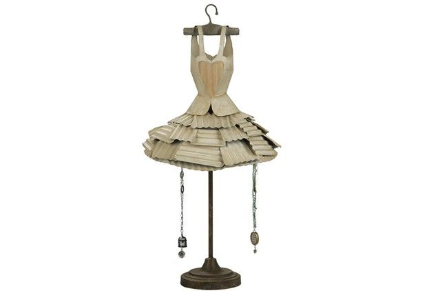 17  images about dress forms on Pinterest  Dressing tables ...