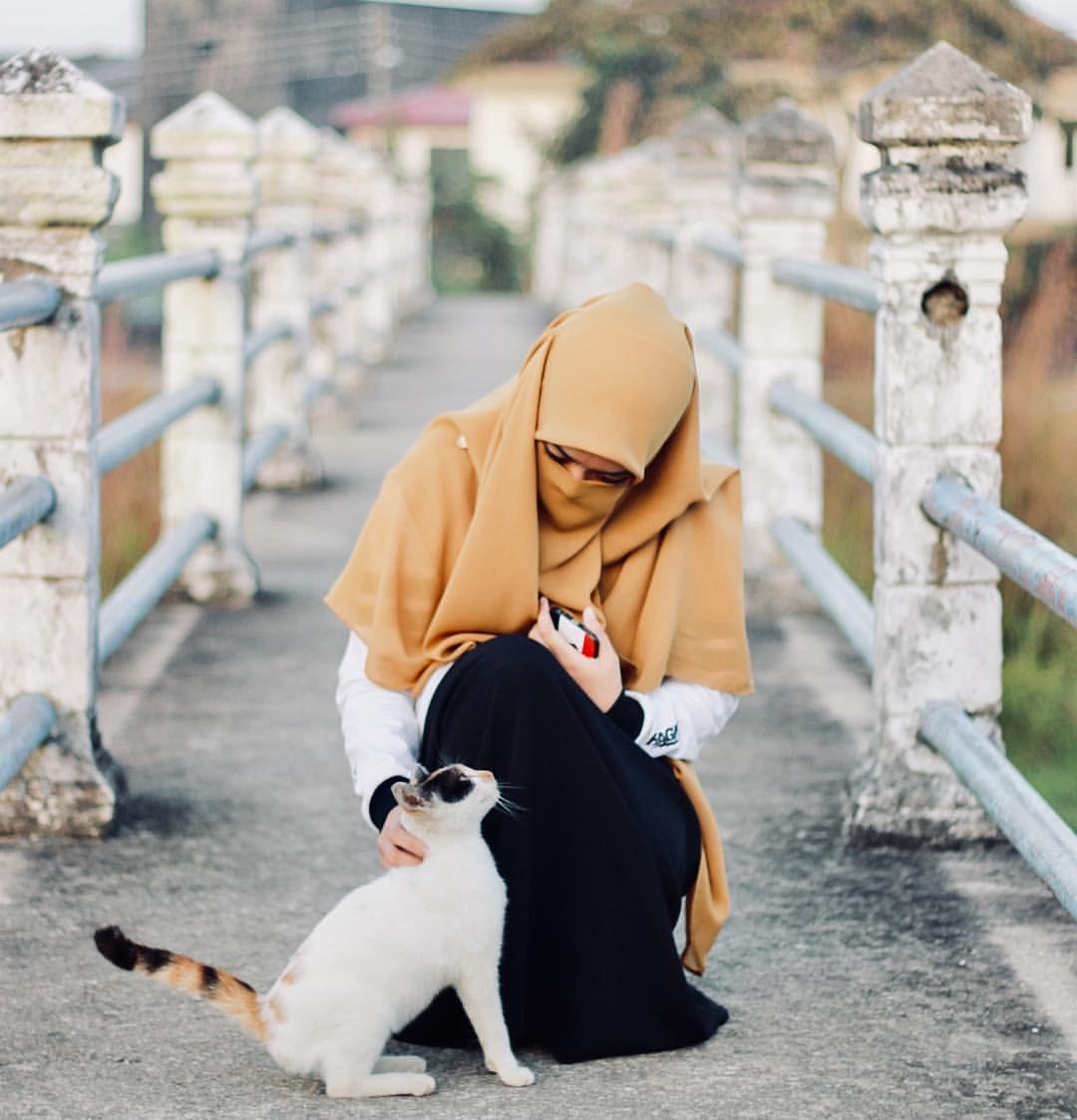 """haiwan kesayangan Rasulullah SAW ialah """"kucing"""" ️ Wanita"""