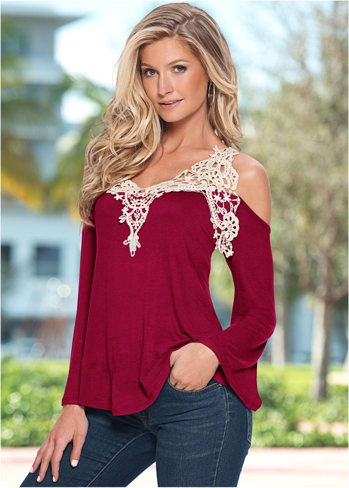 Blusa ombros vazados com guipir vermelho multi encomendar agora na loja  on-line bonprix.de R  99 a40ca39b947