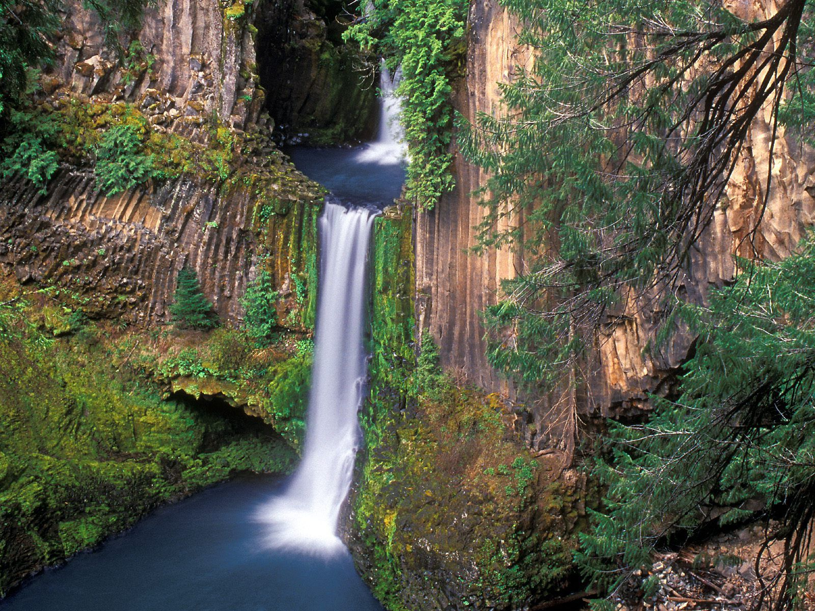 Hd Wallpapers 1600x1200 187 Nature 187 Toketee Falls Oregon