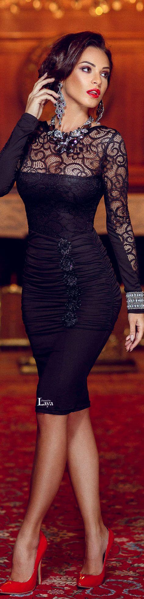 Black dress elegant red
