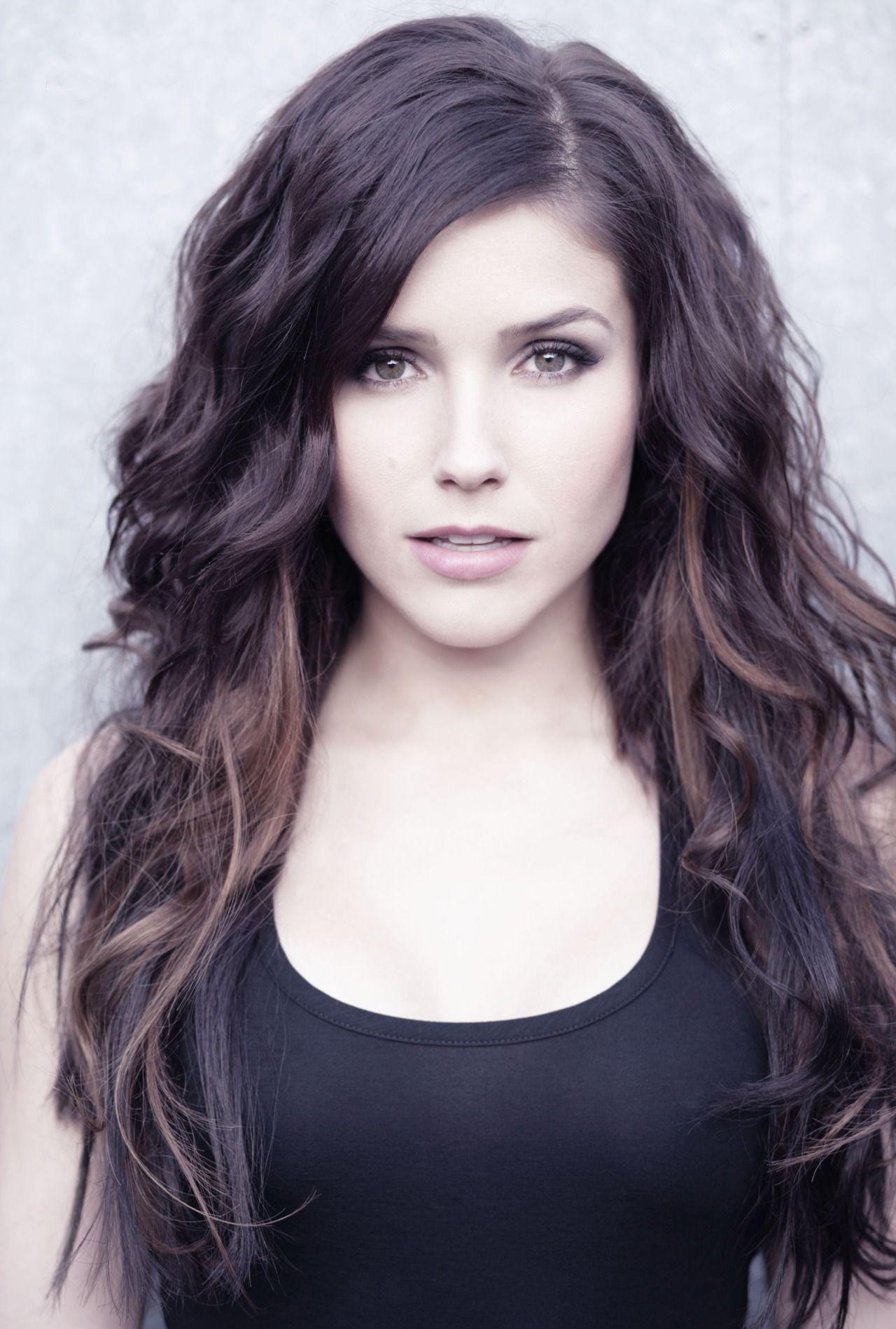 Sonya Wilkins Long Wavy Dark Brown Hair Enchanting Brown
