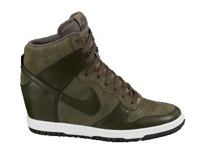 best loved 3c1b2 cc39a Nike Dunk Sky Hi Women's Shoe - $120 | Can you kick it ...