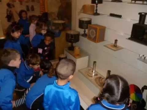 Visita MUSEU DEL JOGUET DE FIGUERES - YouTube