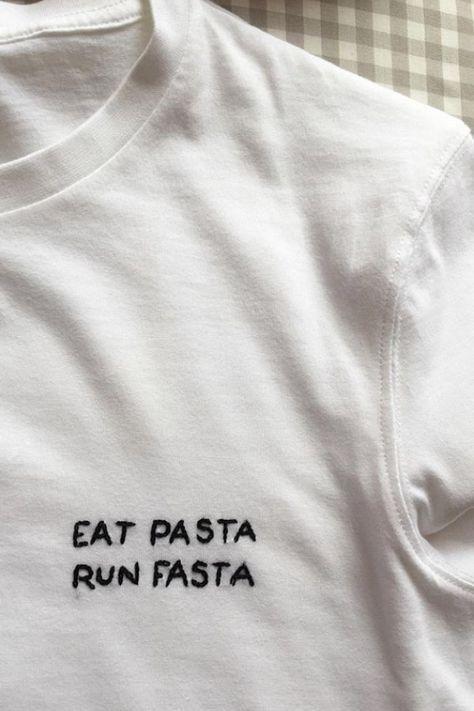 5 minutes de t-shirt de broderie DIY qui est mieux que votre petit tatouage   – upcycling