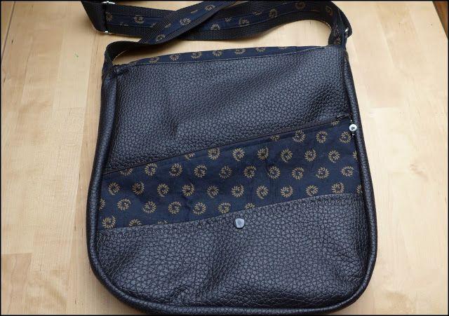 schwarze Alltags-Tasche