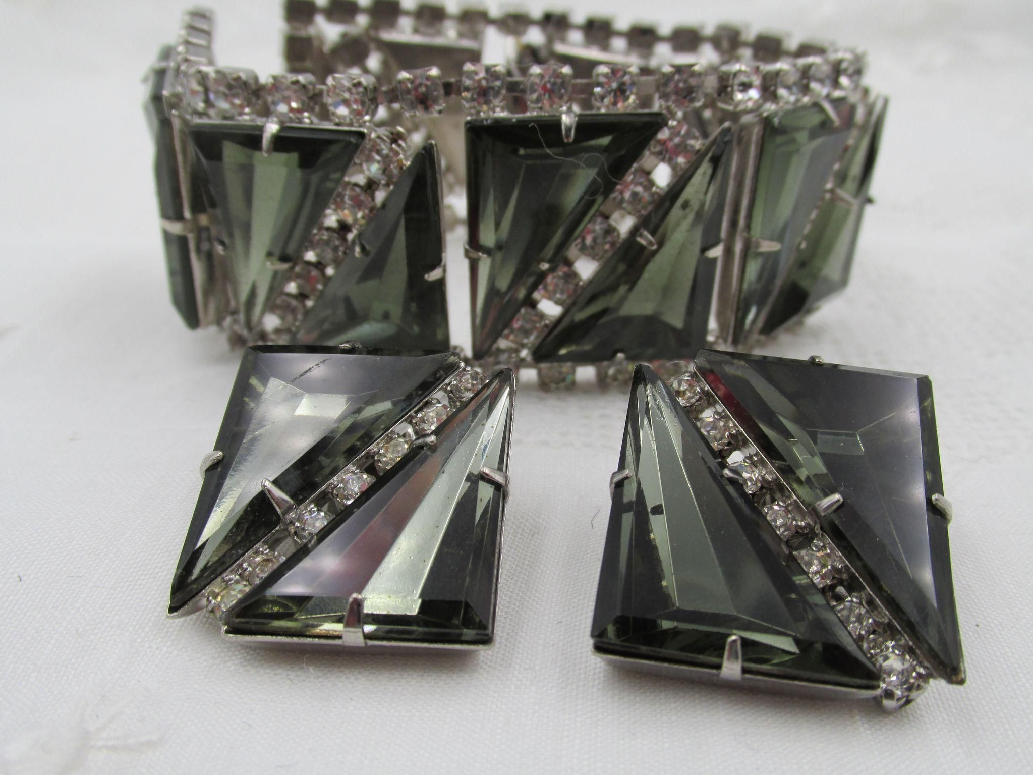 Specialty  Smokey Gray Triangle Rhinestone Rhodium Plated Bracelet and Earrings