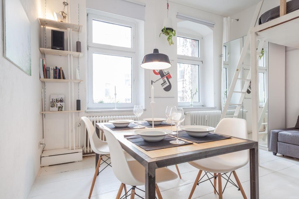 Esszimmer Berlin gemütlich eingerichteter essbereich in schöner altbauwohnung
