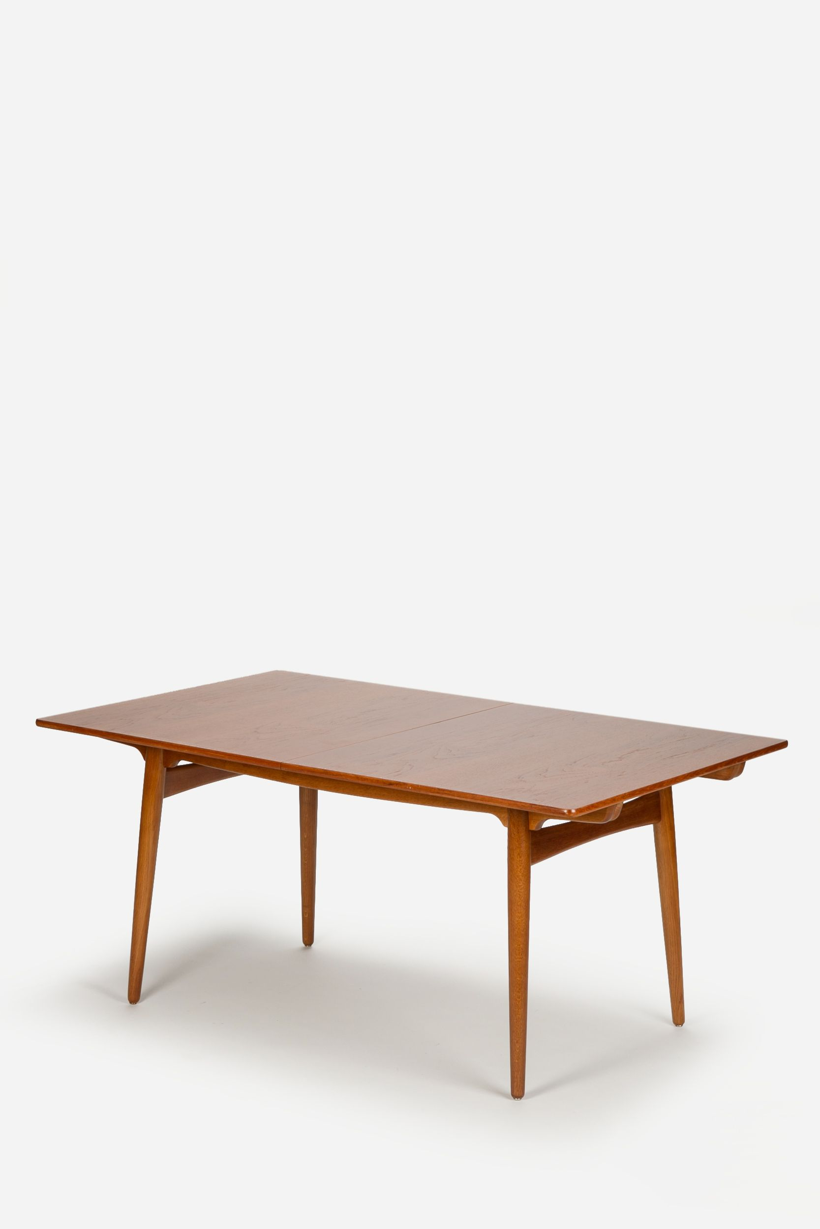 hans wegner esstisch teak eiche ausziehbar tables pinterest hans wegner teak and mid. Black Bedroom Furniture Sets. Home Design Ideas