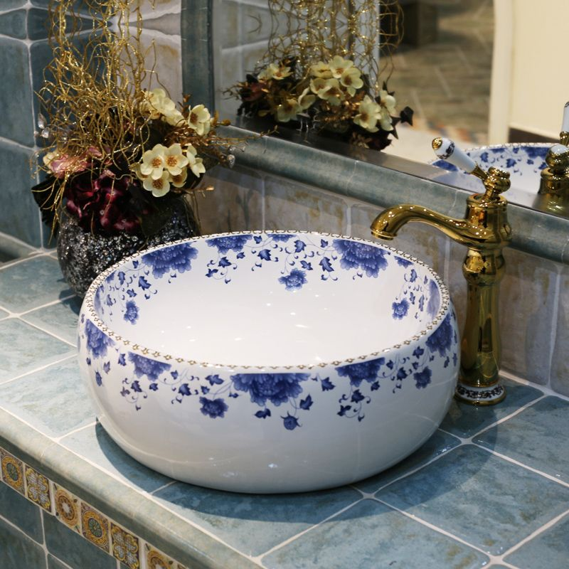 Blue And White Europe Vintage Style Lavobo Ceramic Washing Basin Counter  Top Bathroom Sink Hand Painted Vessel Sinks(China (Mainland))