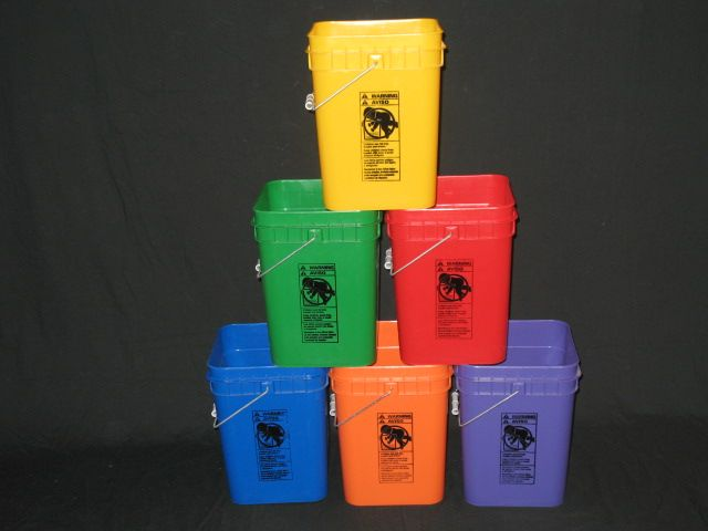 4 Gallon Square Buckets Available In Black Gray Natural White Blue Green Orange Purple Red And Yellow Blems Available Plastic Buckets Red Bull Bucket