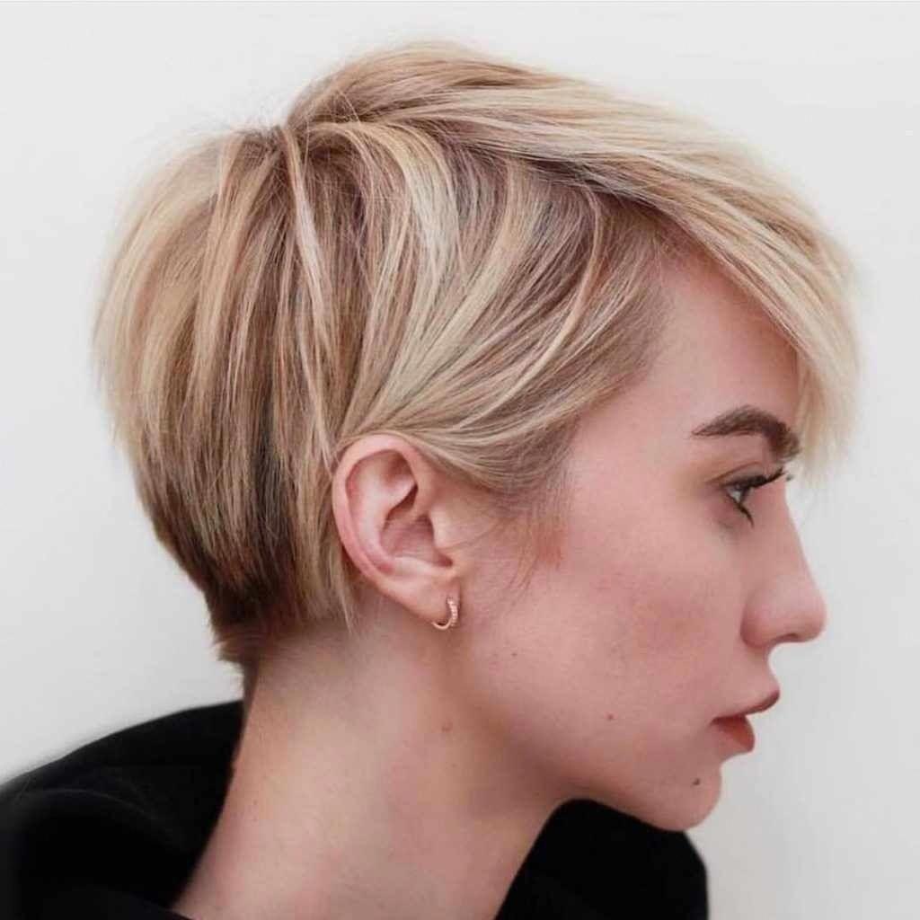 Magnificient Short Pixie Blonde Hairstyle Ideas35 Shorthairbobpixie Cheveux Cheveux Courts Coiffure