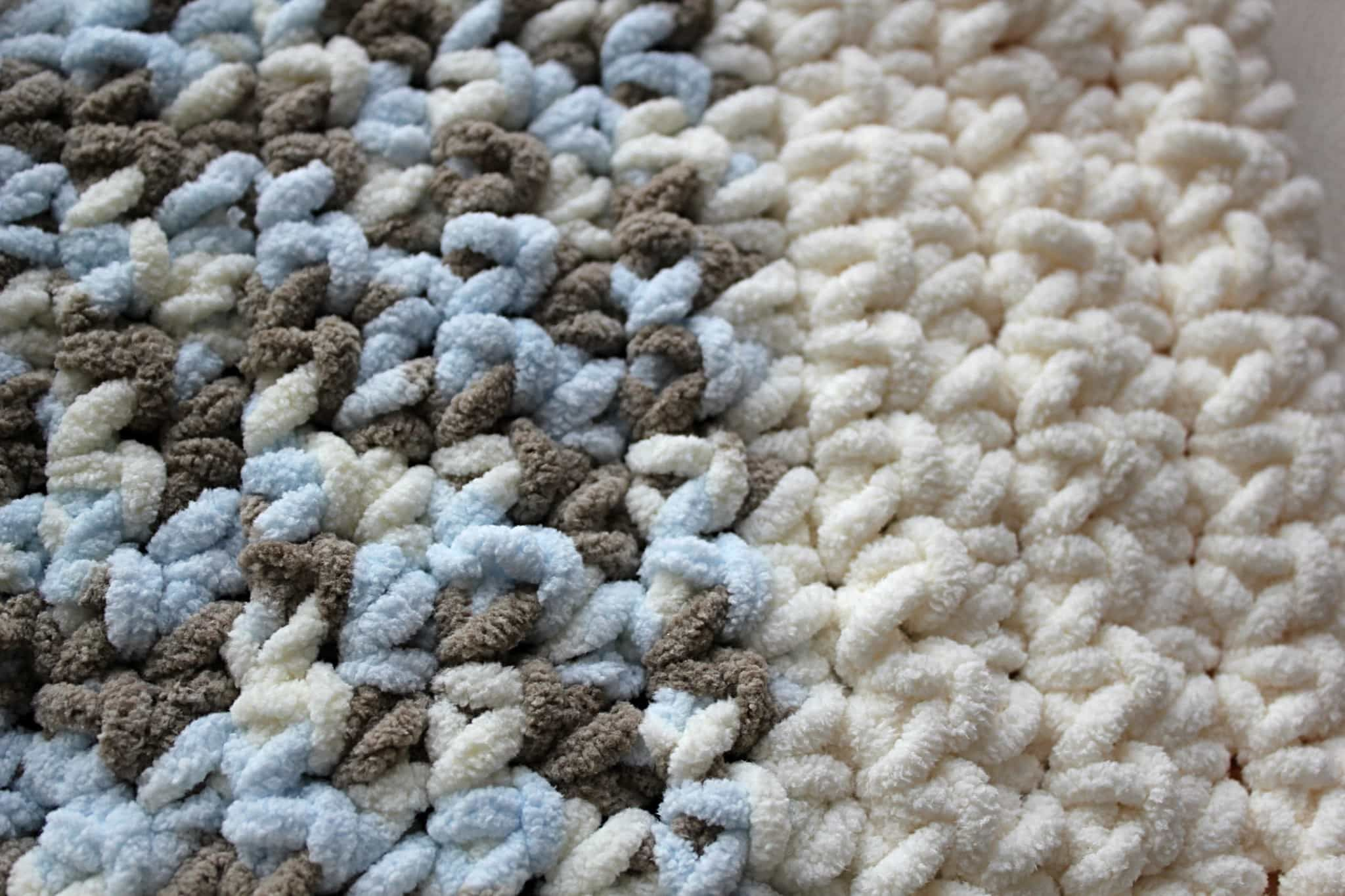 DIY} Lux Crochet Baby Blanket with Free Pattern | Super bulky yarn ...