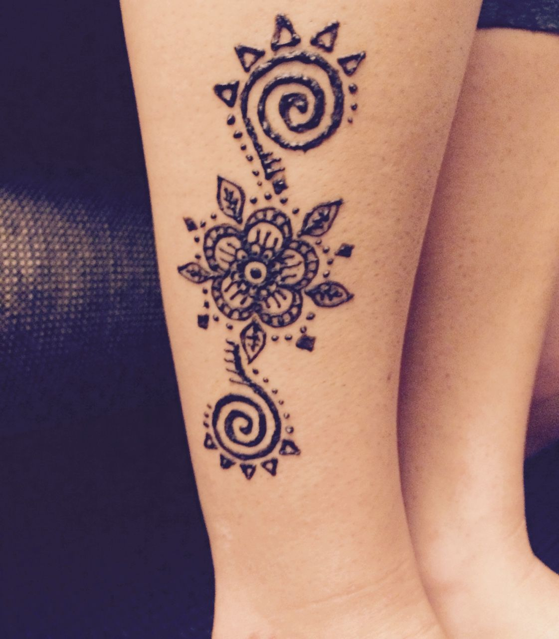 Simple Sun Henna Tattoo Designs: Images For > Simple Henna Tattoo Designs Sun