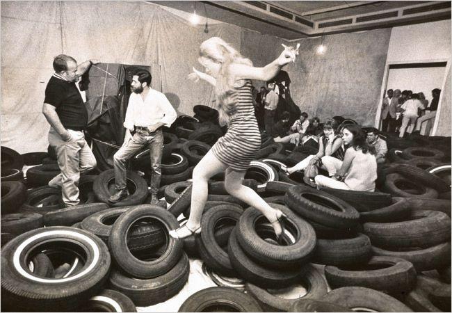 Changing Un Art S Tires Expresiones Del Arte Arte Artes Escenicas