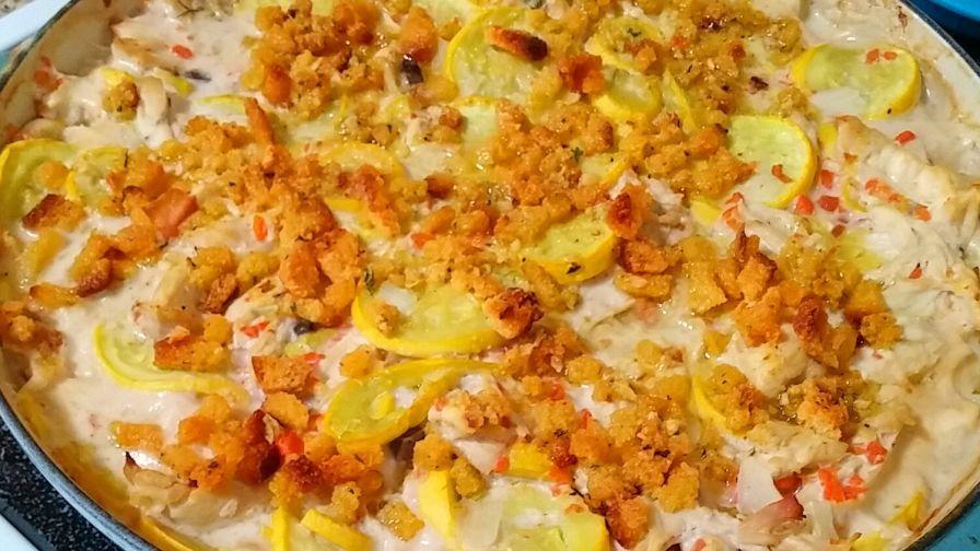 Chicken Yellow Squash Casserole Recipe Food Com Recipe Yellow Squash Recipes Yellow Squash Casserole Squash Casserole Recipes