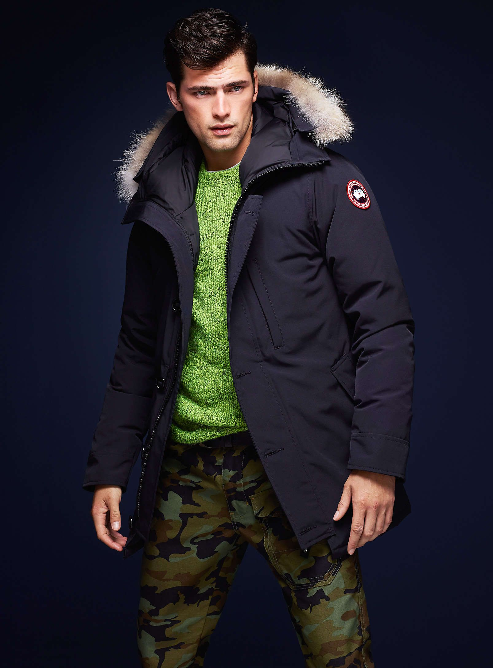 canada goose simons seanopry men 39 s fashion. Black Bedroom Furniture Sets. Home Design Ideas