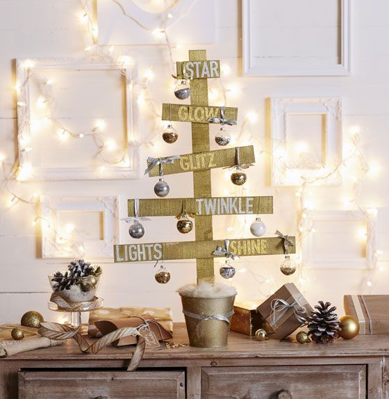 Makers Guide: Rustic Wood Sparkle Tree.