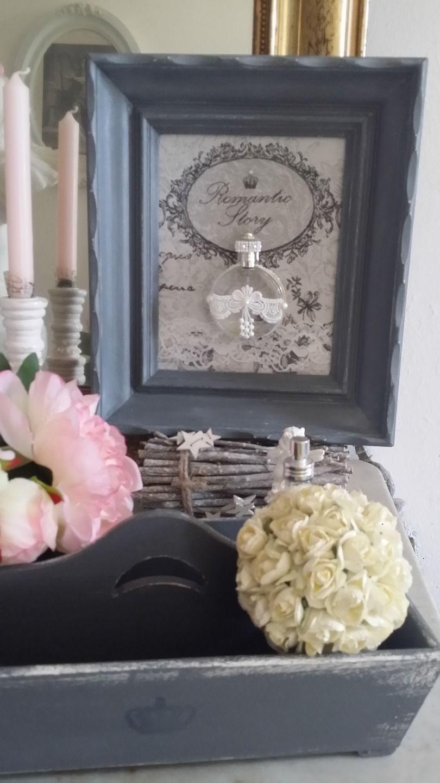tableau patin gris et blanc au petit air victorien d corations murales par les intemporels. Black Bedroom Furniture Sets. Home Design Ideas