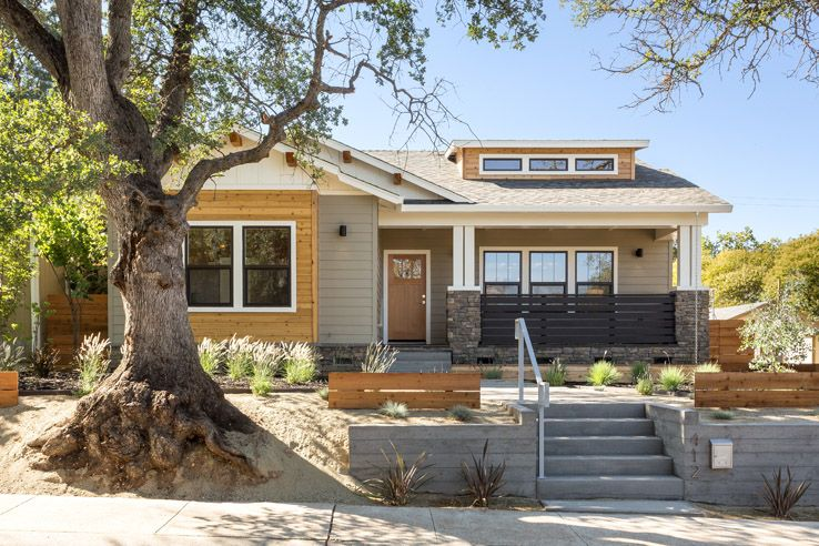 A california bungalow staged to perfection west elm for Casa bungalow california