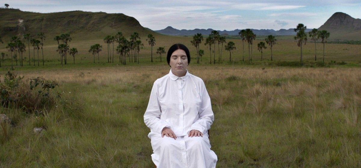 """A artista em um dos """"locais de poder"""" da sua jornada ©Reprodução"""