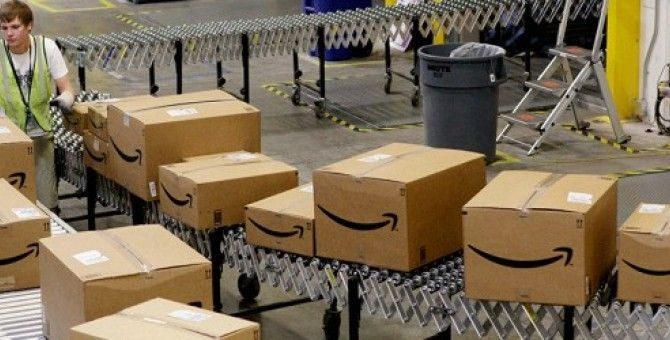 Amazon warehouse workers want to be paid for waiting in line