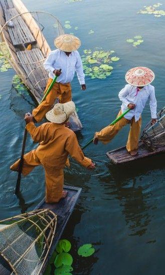 Huertos flotantes, curiosos pescadores, aldeas sobre el agua… El lago Inle es un lugar idóneo para perderse. #bodas  #bodasnet #novios #noviasespaña #bodaespaña #noscasamos #amor #españa #spain #es #novia2018 #novia2019 #pinespaña #espana #inspiración #decoraciondeboda #boda2019 #lunademiel #viaje #viajedeenamorados #destinos #amor #primerviaje #birmania #lunademielen