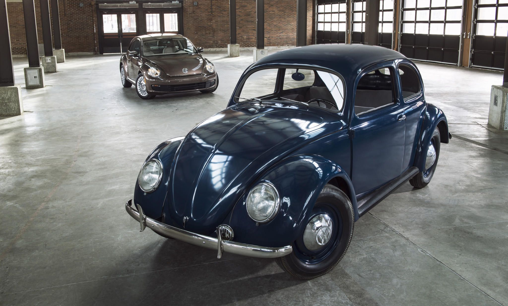 First Volkswagen Beetle arrived in a U.S. showroom 65 years ago ...